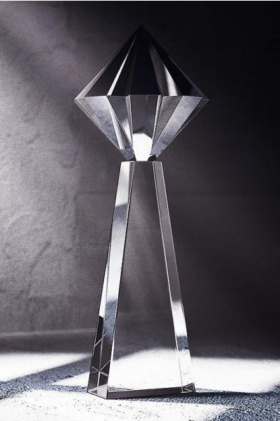 Trophée en verre : Tour de diamant