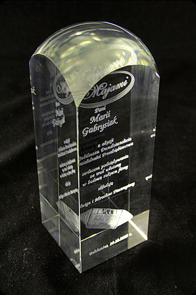 Trophée de verre : Totem transparent