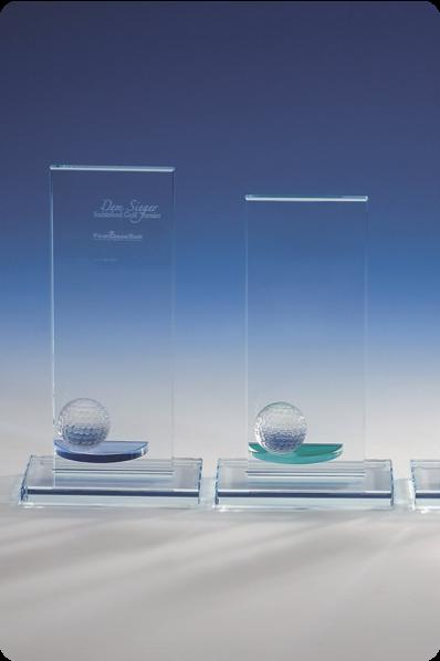 Trophée en verre : Plaque avec boule en verre