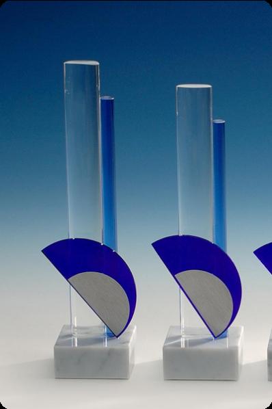 Trophée en verre : Piliers en verre