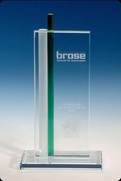 Trophée en verre : Élégante plaque en verre.