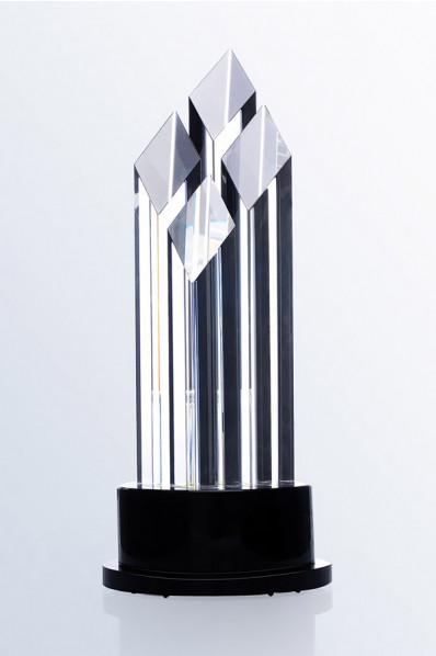 Trophée en verre : Quatres tours