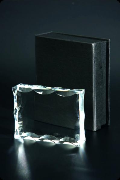 Trophée en verre : Plaque ondulé
