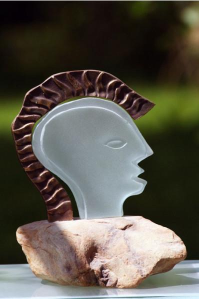 Trophée en verre : Tête Romaine