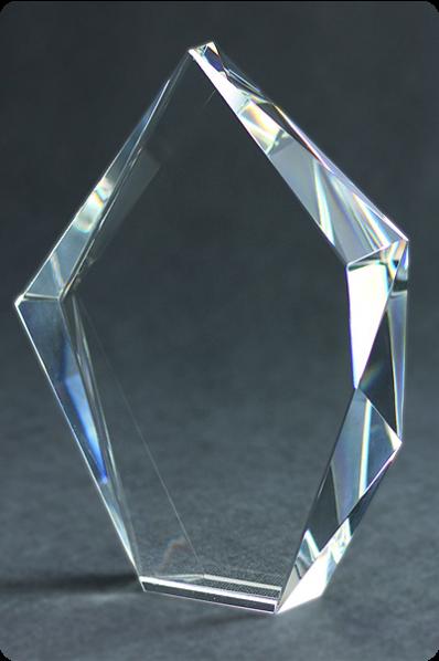 Trophée en verre : Prisme asymétriques