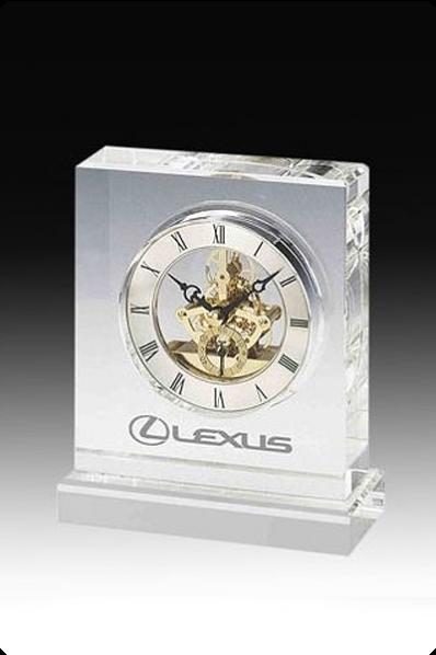 Trophée en verre :  Horloge squelette 2